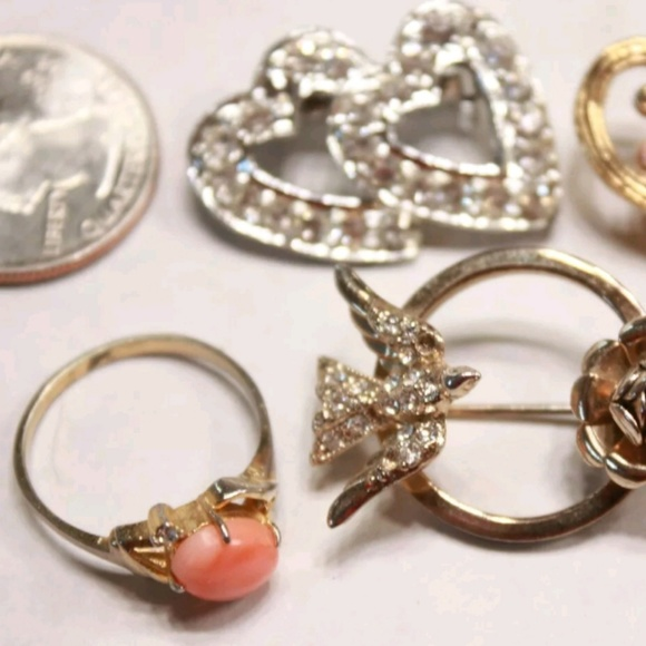 Vintage Jewelry - 12 piece vintage romantic jeweley lor PM 553